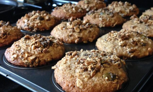 Banana Oat Muffins with Sour Cream