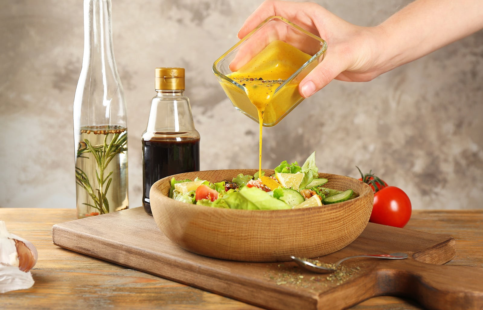 10 Finest Salad Dressing Containers for Wholesome Consuming on the Go