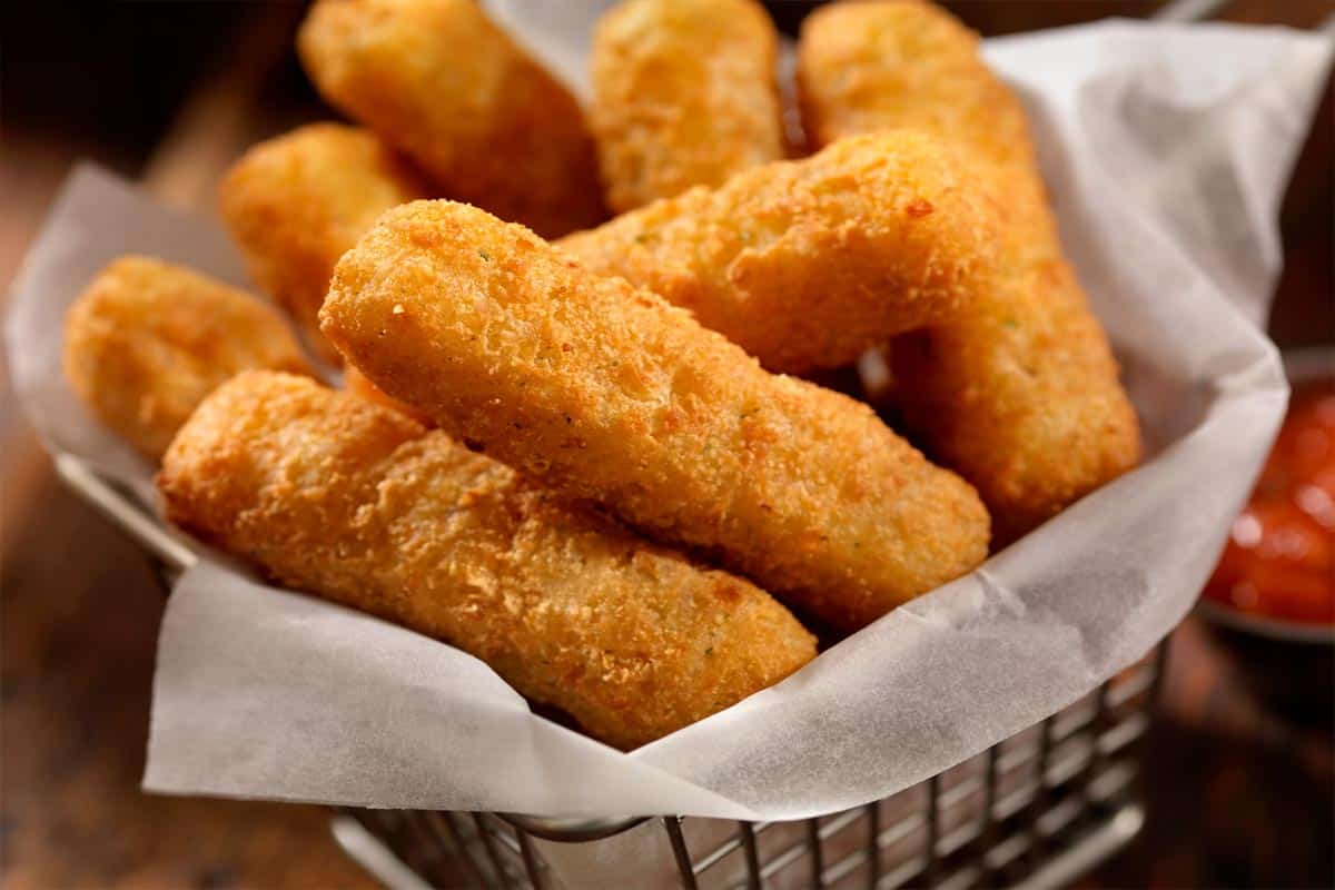 Ought to You Freeze Cheese Sticks Earlier than Frying?