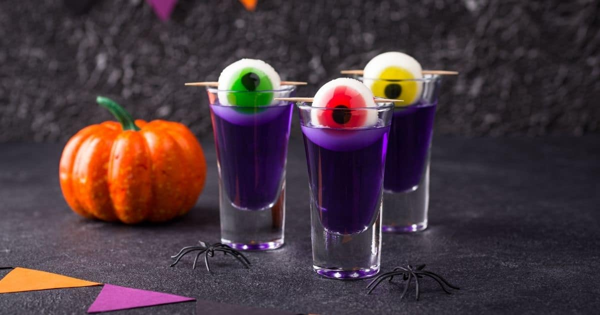 """31 Halloween Cocktails to Elevate Your """"Spirits""""!"""